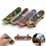 4Pcs Mini Plastic Tech Deck Finger Board Skateboards Kids' Fascinating Toys