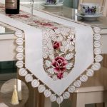 Pastoral Flower Table Runner Tablecloth Desk Cover With Tassel Wedding Festival Decor