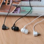 Micro USB Jack Separate Side In-ear Headphones Headset For Mini Card Mobile Phone